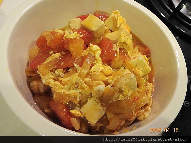 番茄豆腐燴蛋3.JPG