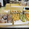 可拉拉-麵包2.JPG