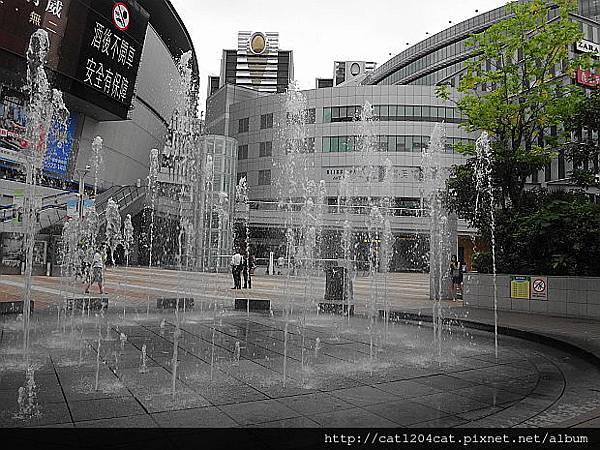 圓形水舞噴泉1.JPG