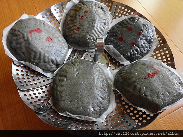 小烏龜鼠麴草仔粿11.JPG