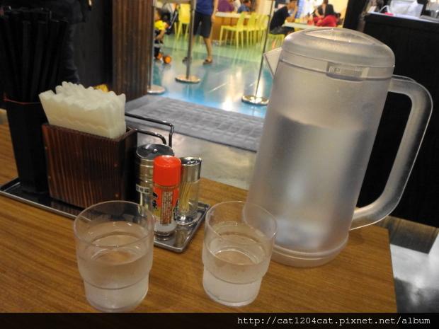 三田製麵所-環境3.JPG