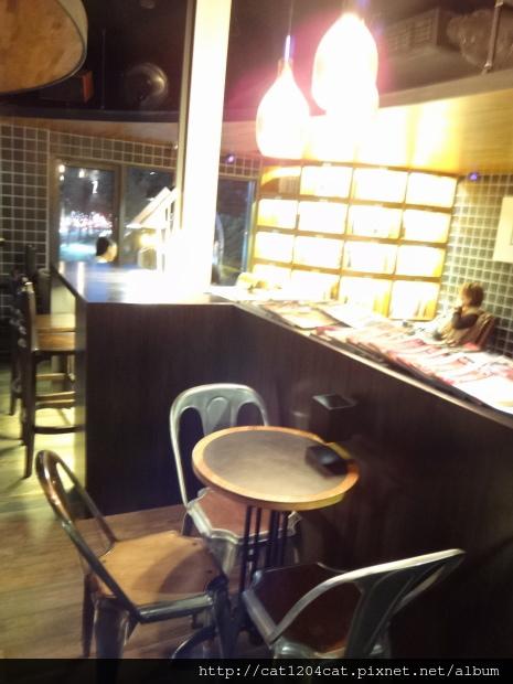 卡啡那-座位6.JPG