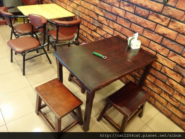 達卡廣式燒烤吧-座位1.JPG