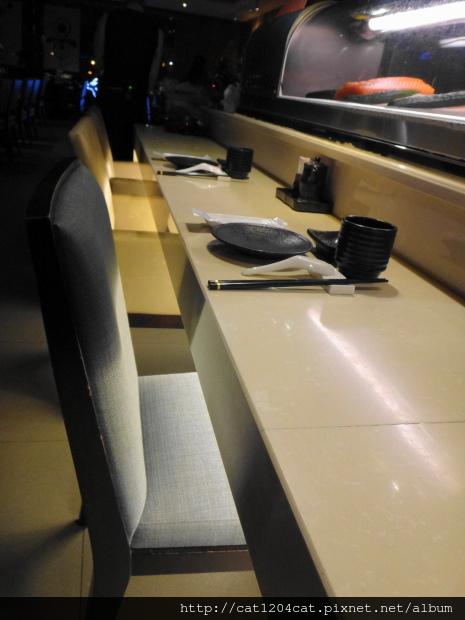 品日式料理2-座位.JPG