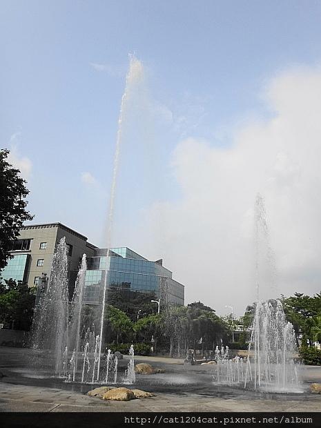 噴泉2.JPG