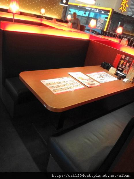 和民左營環球店-座位1.JPG