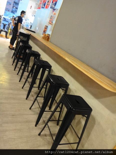 海裕屋-座位3.JPG