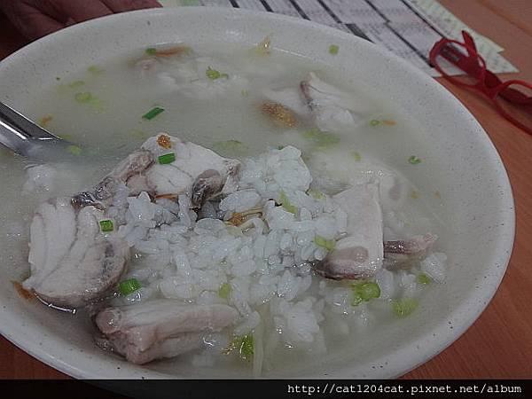 乾坤鮮魚湯1-1.JPG