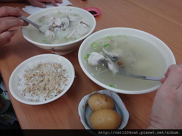 乾坤鮮魚湯5.JPG