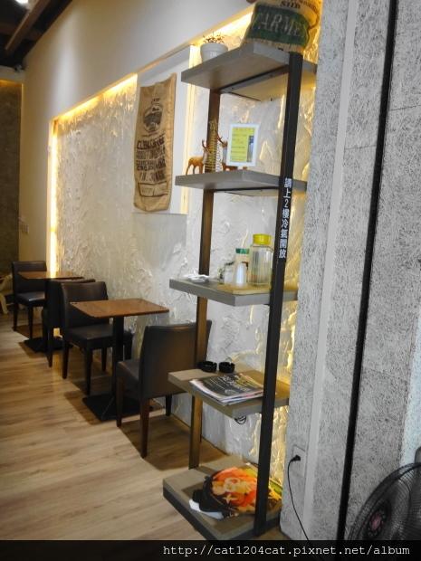 波米咖啡-環境3.JPG