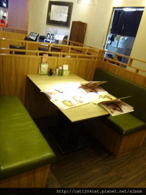 大戶屋-座位.JPG