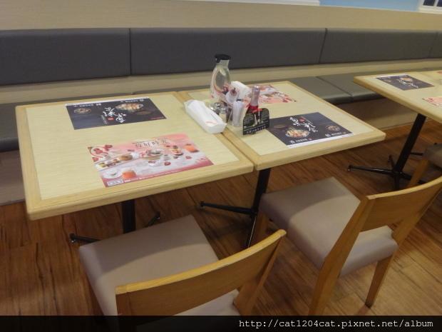 樂雅樂-座位1.JPG