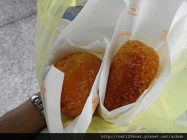 咖哩麵包6.JPG