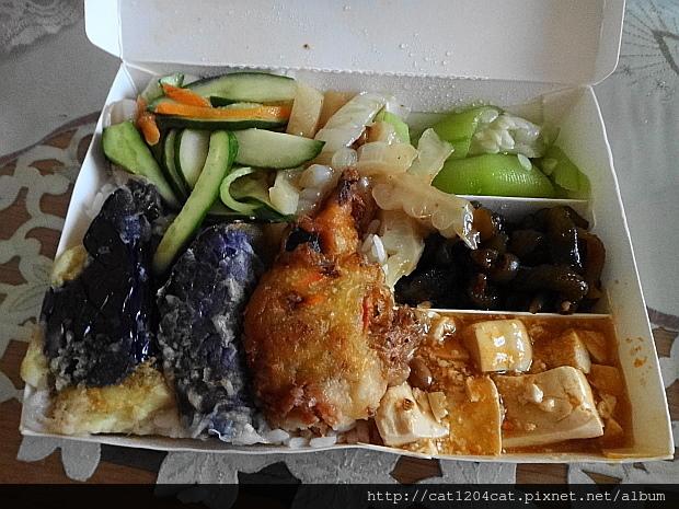 法愉蔬食1.JPG