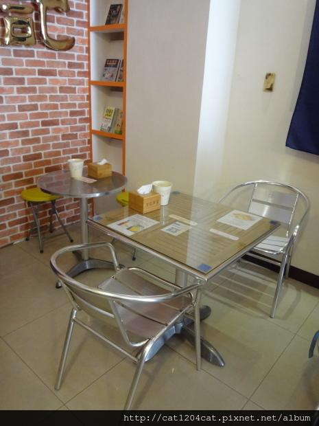 方記茶餐室-環境1.JPG
