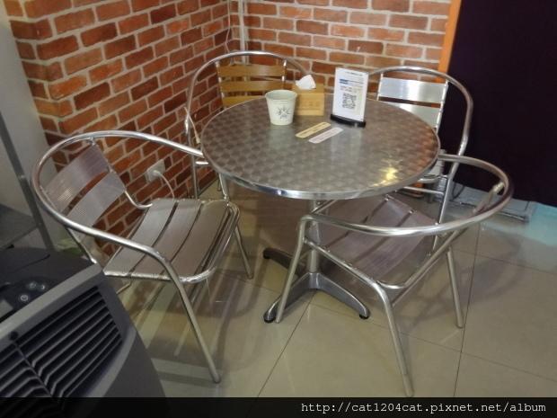 方記茶餐室-環境2.JPG