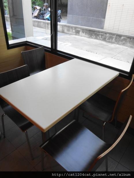 Mc Cafe-環境1.JPG
