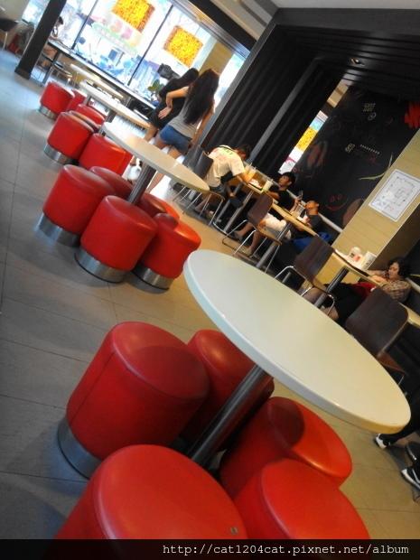 Mc Cafe-環境4.JPG