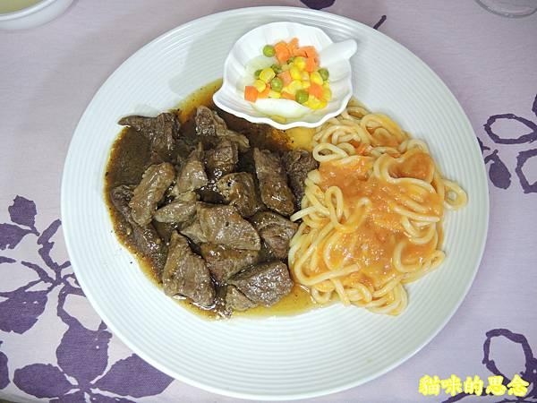 深坑 鮮平價牛排 宅配到府的五星級的饗宴-熟食牛排套餐DSCN5663.jpg