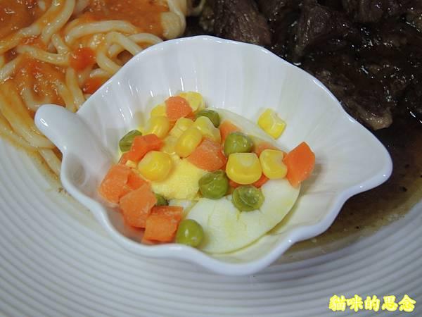 深坑 鮮平價牛排 宅配到府的五星級的饗宴-熟食牛排套餐DSCN5676.jpg
