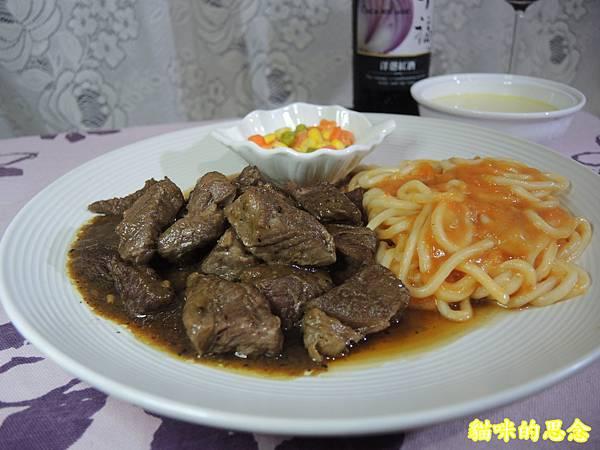 深坑 鮮平價牛排 宅配到府的五星級的饗宴-熟食牛排套餐DSCN5686.jpg