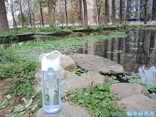 美國KOR NAVA SPORT水瓶DSCN9317.jpg