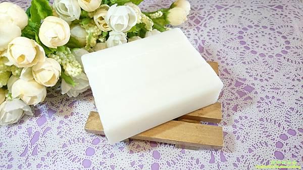 dalli純植物油親膚抗敏洗衣皂DSC_0854.jpg