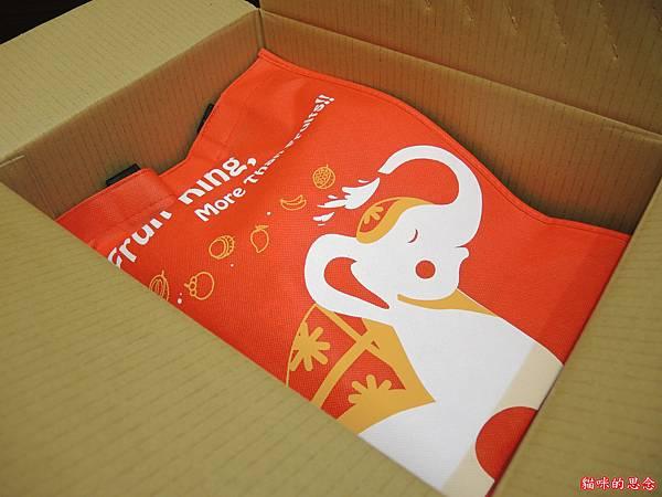 【FRUIT KING】果乾歡樂禮盒DSCN8356.jpg