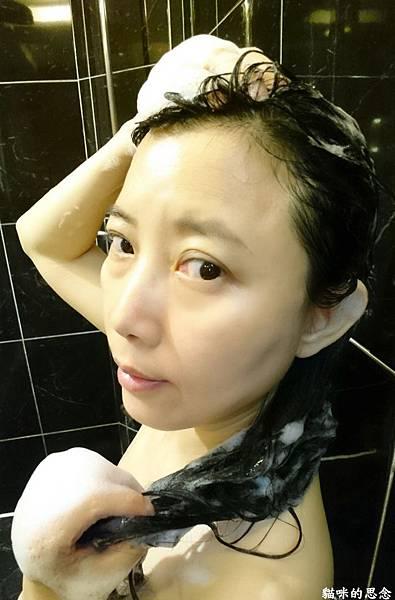 多芬日本植萃柔順保濕洗髮露18-05-29-02-13-09-211_deco.jpg