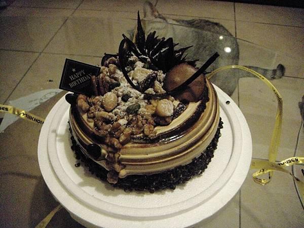 爸媽買的蛋糕A_Ay.JPG