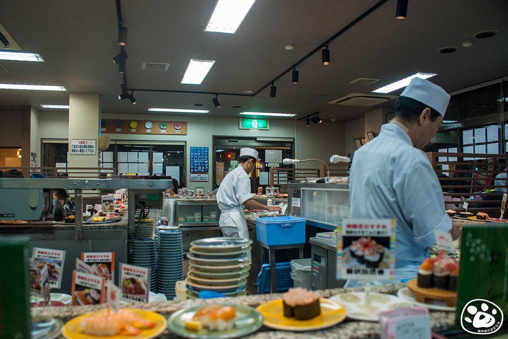沖繩美食迴轉壽司-グルメ回転寿司市場 泡瀬店B (2).jpg
