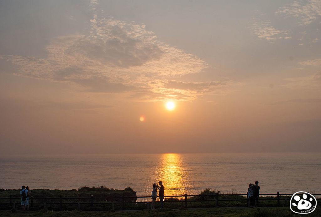日本沖繩景點-萬座毛象鼻石 (15).jpg