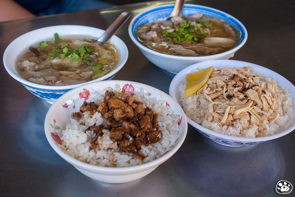 台南美食鴨母寮市場-香菇肉羹 (3).jpg