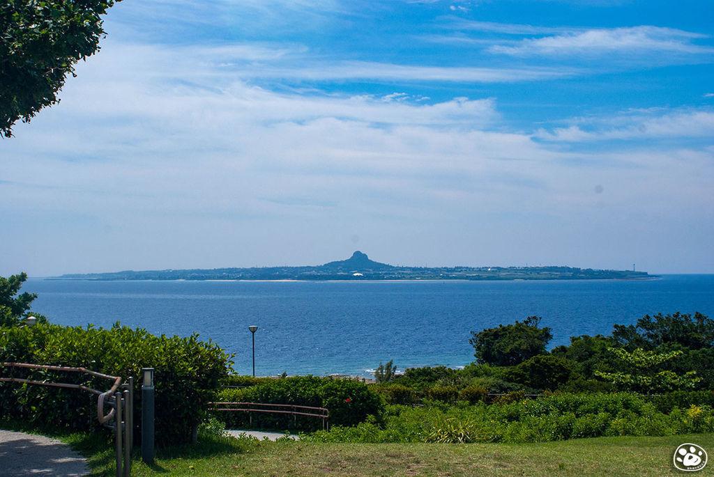 日本沖繩景點美麗海水族館 (6).jpg