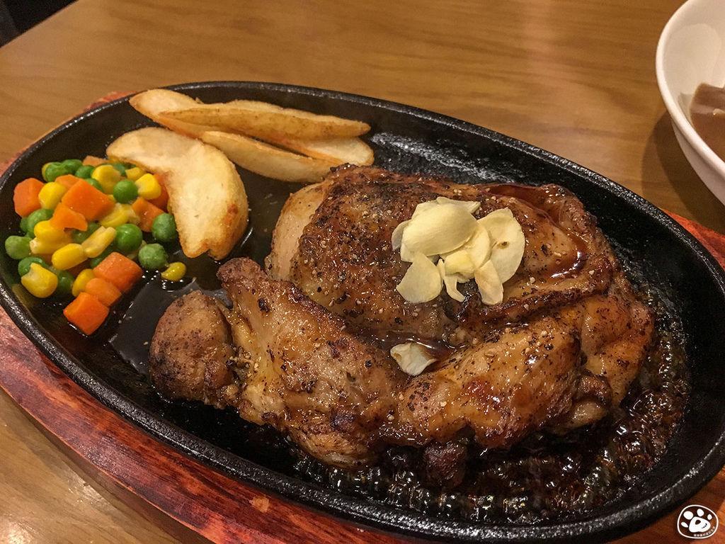 日本沖繩美食-Okishozenmise Steak House牛排館 (8).jpg