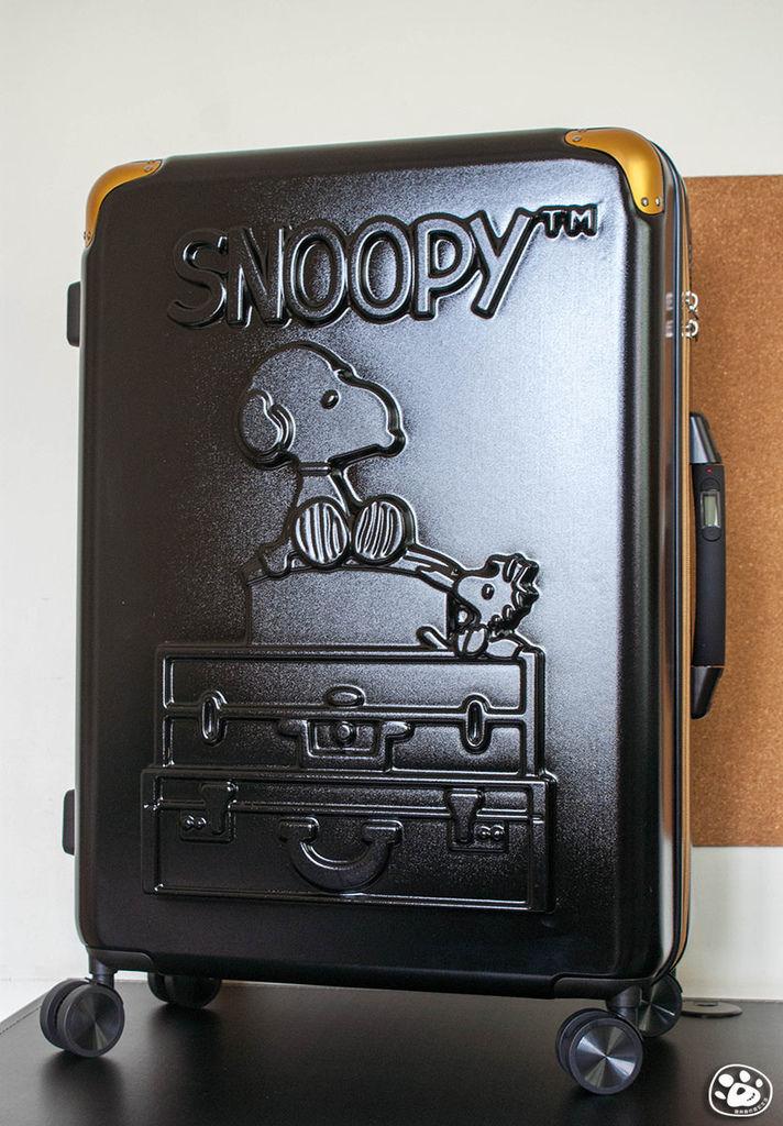 Snoopy史努比屈臣氏活動有你陪伴行李箱預購周邊商品 (2).jpg