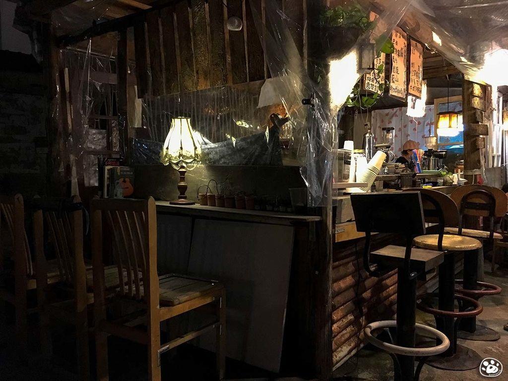 台南中西區-保安路-小鎮手工咖啡館 (10).jpg
