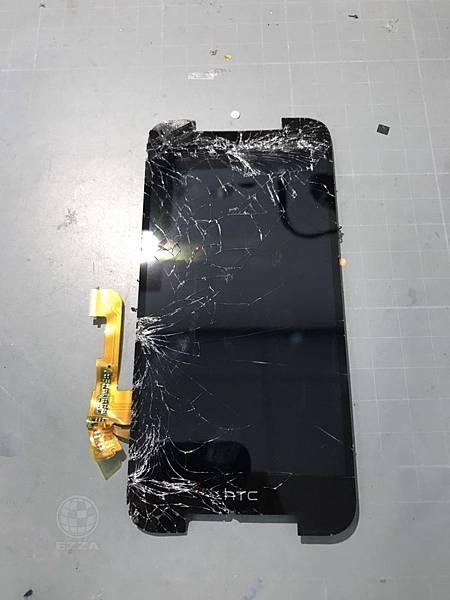 HTC 蝴蝶2慘兮兮