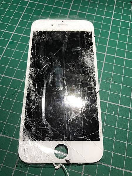 6S面板破裂