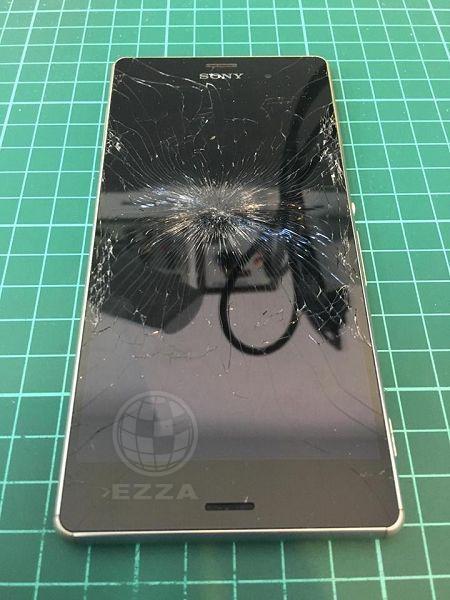 Sony Z3面板遭強烈撞擊