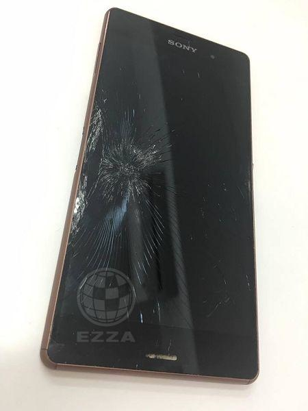 Sony Z3面板被壓破了