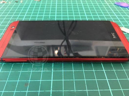 HTC M8電池膨脹)