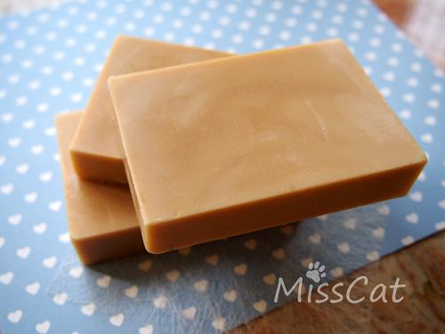 nEO_IMG_nEO_IMG_酪梨母乳皂.jpg