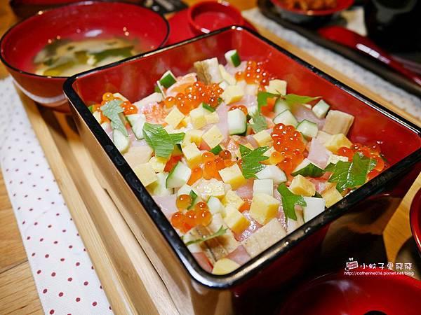 12 花漾散壽司丼.JPG