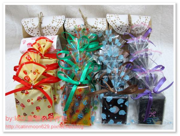 台北市齡子馬麻-母乳皂包裝