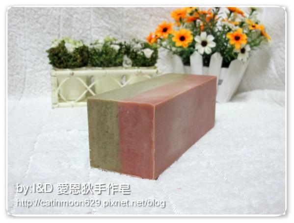 台南雨吟媽咪-2次代製檀香滋養皂