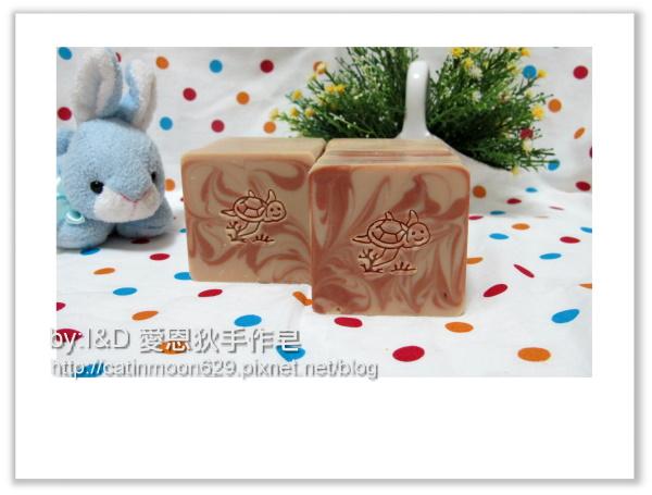 台北小麥草媽咪-山茶花潤膚修復皂