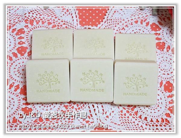台中明明手工皂-檀香滋養皂