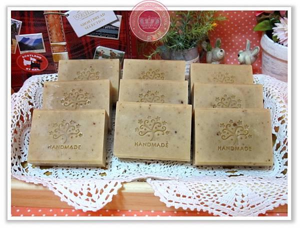 台中佳欣媽咪母乳冰-綠豆薏仁淨白皂