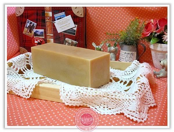 新竹兔兔媽咪-洋甘菊柔膚皂磚